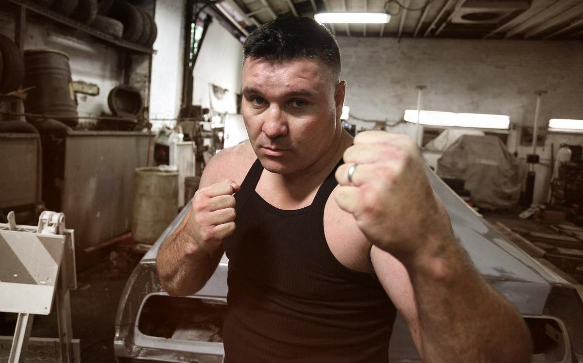 GROMDA - Bobby Gunn: Mistrz walk na gołe pięści